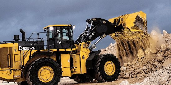 John-Deere heavy machinery parts in Luanda N'dalatando Soyo